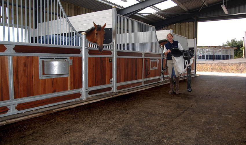 walkway in horse stable with slip proof BELMONDO Walkway rubber flooring