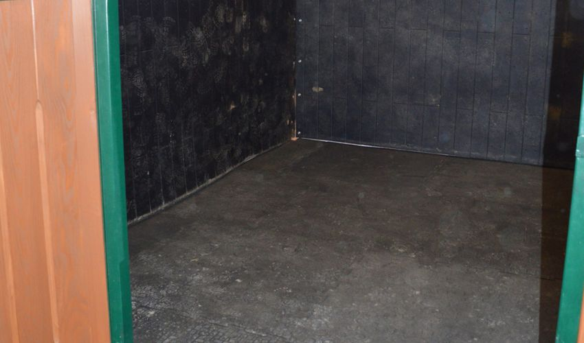 BELMONDO Basic horse mat made of rubber for the loose box / lying area in horse stables