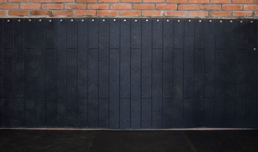 BELMONDO Rodeo impact protection mat made of rubber for walls in horses´ looseboxes